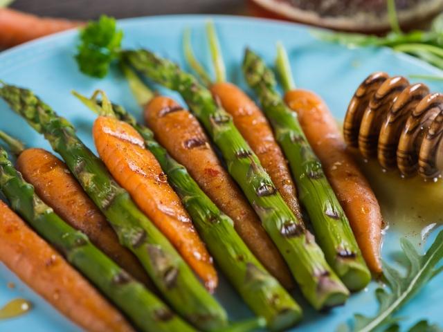 Glazed Carrots and Asparagus Recipe